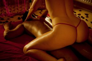 Massage erotisch Ayda